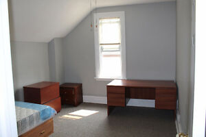 Rooms for rent for winter term Kitchener / Waterloo Kitchener Area image 1