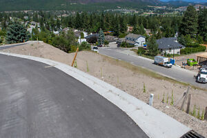FOR SALE: 3569 Goldie Way, West Kelowna, V4T 1A3