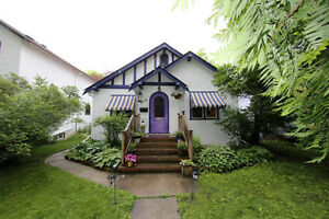 Charming bungalow in North River Heights