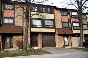 !!! 3 bedroom Condo Townhouse for RENT in Mississauga