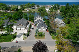 Wasaga Beach - 2 Bedroom Waterfront Suite - Gorgeous Views