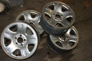 2000 Ford Explore OEM 17 inch