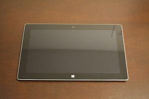 Microsoft Surface rt 32go(étuit, chargeur)