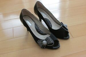 Luvshoes brand, open toe, size 36