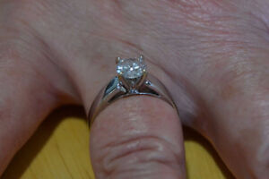 NEW LOWER PRICE: Diamond Engagement Ring Sarnia Sarnia Area image 2