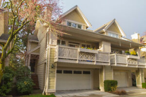 ***BEAUTIFUL3 BED 3 BATH TOWNHOUSE FOR SALE  IN SOUTH SURREY***