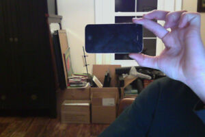 iPhone 4s 16gb(works mint)