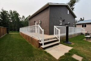 Immaculate Move in Ready Cabin!