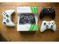 4x Xbox 360 Controllers and 1x Plug and Charge cable