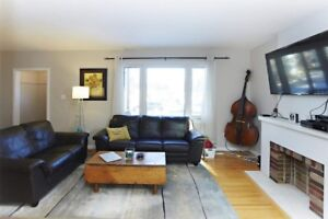 2 large bedroom renovated main suite Bonnie Doon, King Edward