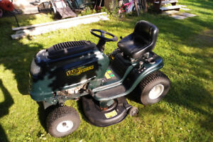 15.5 hp Yardworks (MTD) Riding Mower with 42 inch deck