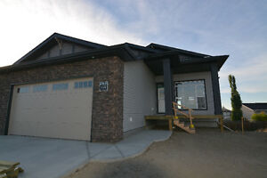 RIVERSTONE NEW WALK OUT BUNGALOW - 2094 DEVELOPED SQ FT