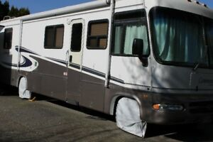 2001 Triple E 34ft. Comander $33,000
