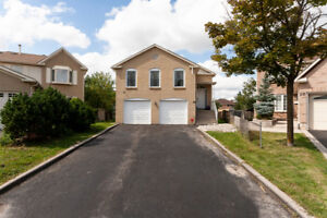 3Bed + 3 WR Detached Raised Bungalow with W/O bsmt  in Brampton