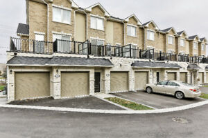 Luxury Markham Townhome Surrounded by Best Amenities & Services