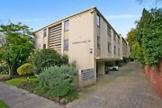 Ground Floor Apartment in South Yarra - 1 bed, 1 bath, 1 car !! South Yarra Stonnington Area Preview