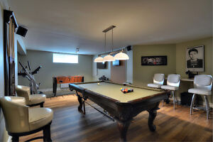True Family Home!  (West Island / Salaberry-de-Valleyfield West Island Greater Montréal image 4