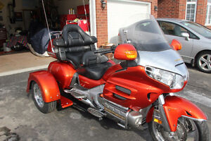 2003 Goldwing GL 1800 with Voyager Convertible Trike Kit