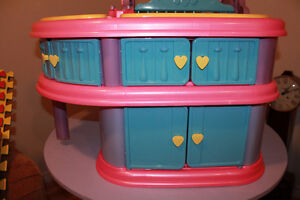 Baby Doll Station