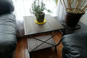 End Table / Coffee Table for Bedroom or Living Room