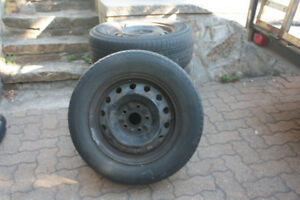 Set of 4 rims with tires 205/65R15