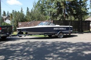 2000 Moomba Outback Tournament Boat
