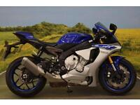 Yamaha YZF-R1 2015**ABS, TRACTION CONTROL, POWER MODES, WHEELIE CONTROL**