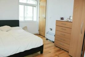 LOVELY DOUBLE ROOM TO LET 150£ IN CANNING TOWN,STRATFORD,ILFORD,PLAISTOW