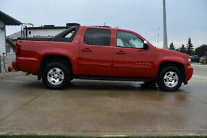 2011 Chevrolet Avalanche Pickup Truck