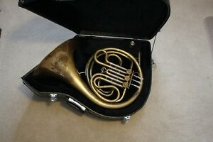 FRENCH HORN made in USA by F.E. Olds model A45 Ambassador