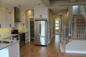 4 bedroom Luxury House in Allendale, near U of A,Whyte Ave,Hosp