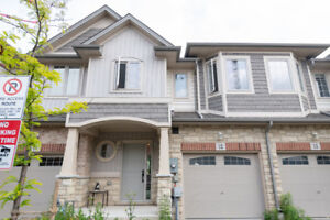 3 BR Town home with Lakeview for Sale in Grimsby
