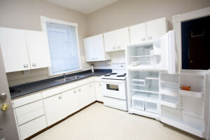 Great one bedroom available May 1st, laundry, parking, mudroom
