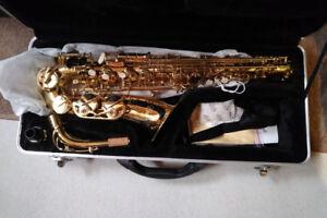 Etude Saxophone with case