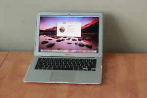 """MacBook Air 13"""", Early 2015, 4GB, 120 SSD, Corei5, New Battery"""