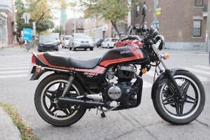 Moto Honda CB450T Hawk 1982
