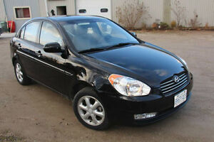 LOW MILEAGE - 2011 Hyundai Accent for Sale