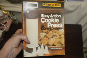 Cookie Press ( like new)