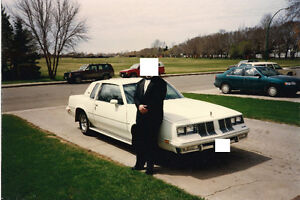 Looking for white 1982 Oldsmobile Cutlass Supreme.