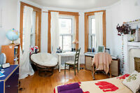3 1/2 sublet in the Mile End for 6 months