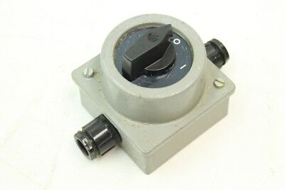 Old Switch Main Switch 16 a 500 Volt Rotary Switch 2 Exits Surface-Mounted