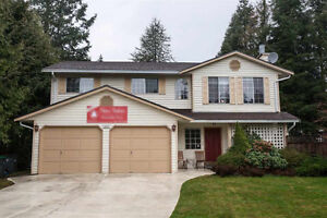 30 yr old house w/ attached double garage in South Surrey (~Whit