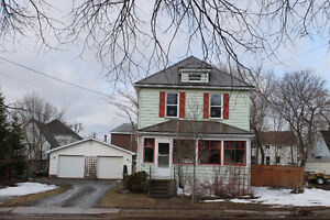 New listing - Moncton North/Hospital area with GARAGE!