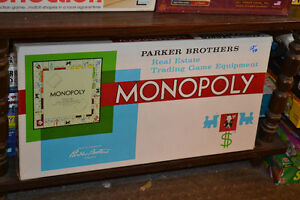 2 Scrabble games 1 French, 2 Regular MANY OTHER BOARD GAMES!!! Windsor Region Ontario image 2