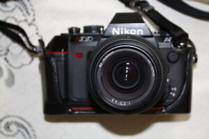 NIKON N2020 AF CAMERA WITH NIKKOR  35-70MM LENS