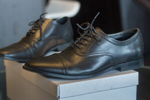 SIZE 11.5 MENS CALVIN KLEIN DRESS SHOES