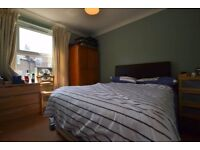 Double room in Dafforne Road, Tooting Bec SW17