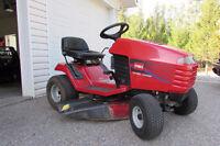 Lawn & Garden Tractor