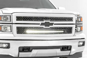 Rough Country Grille Mesh et Barre LED 30'' Silverado 1500 14-15