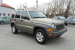 JEEP LIBERTY 2007 4X4 AUTOMATIQUE CLEAN